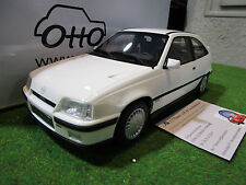 OPEL KADETT GSI 2.0 16V blanc au 1/18 OTTOMOBILE OT174 voiture miniature