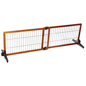 """Carlson Pet Products 20"""" Tall Adjustable Freestanding Home Indoor Pet Gate, Wood"""