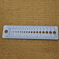 Plastic Knitting Needle Size Gauge Ruler Weaving Tools- Inches/CM Pop