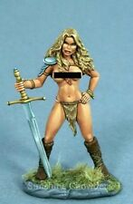 Female Amazon DSM 1169 - Elmore Masterworks - Dark Sword Miniatures Pewter Naked