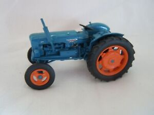 @Universal Hobbies Fordson Power Major Tractor 1958 Model@