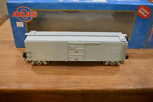 "Atlas 8766 ""Steam Era Classics"" O Gauge Central of New Jersey BoxCar 21000 NIB"
