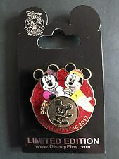 Disney Pin Limited Edition Mickey Minnie Lunar