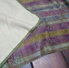 Soie brodée tissu du 18e siècle soie de Jacquard tissage main