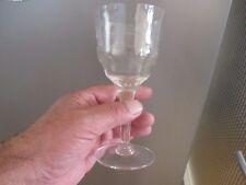 6 Verres ancien à eau gravés et à facettes - Cristalin - à identifier
