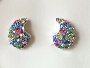 Vintage 60s LISNER Emerald Green Rhinestone Flower ST Clip Earrings