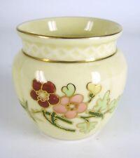 Zsolnay Porzellan Vase Handbemalt Blumendekor Hungary Porcelain Vase ca. 5,8cm