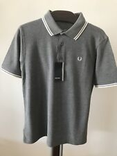 Bnwt Hommes Authentique Fred Perry M1200 557 Polo Shirt. Classic Fit. Medium