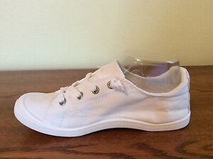 *NEW* Women's Sz 7 Rosy White Lace-Up Sneakers Tennis Shoes
