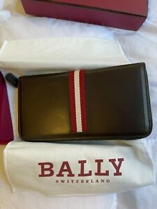 Bally Men's Leather Travel Wallet