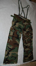 Mens CAMO HUNTING PANTS Brown Green SUSPENDERS Cargo Approx  Size XL ARMY WEAR