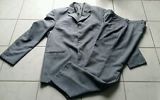 Costume homme gris taille 46... TBE