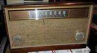 1950's RCA VICTOR Radio Record Player Model 2US7 Vintage Art Deco Wooden