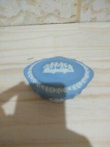 WEDGWOOD *PALE BLUE* Jasper / Jasperware TRINKET BOX - Excellent