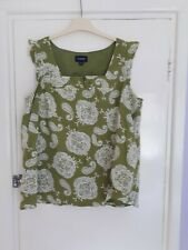 LADIES LOVELY SONOMA GREEN & WHITE PATTERN TOP - SIZE L