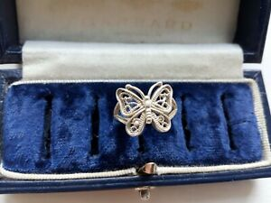 VINTAGE BEAUTIFUL STERLING SILVER BUTTERFLY FILIGREE DESIGN SMALL RING SIZE 'J '