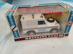 Britains 1970's 1:32 Diecast Police Land Rover SWB No.9610 Boxed New