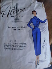 "ANCIEN PATRON  ALLURE DE PARIS "" ROBE COL ECHARPE   "" ANNEE  1940/1950"