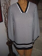 Violet + Claire Black & White Tunic 3/4 Sleeves Womens SZ S V-Neck