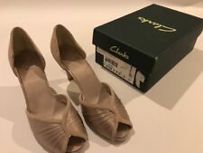 Ladies Clarks Caruso Oyster satin and suede court shoes UK Size 4 D EUR 37
