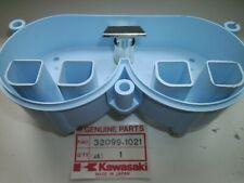 Kawasaki AR 80, Instrumentengehäuse