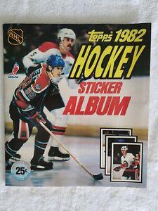 1982 Topps Hockey Sticker Album Complete VG+