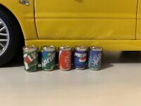 1:18 Diorama Garage Branded Soft Drinks Pop Cans Set 1/18