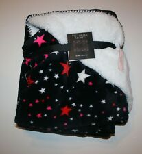 New Victoria's Secret Blanket 50 x 60 inches Black w Pink Stars Sherpa Fleece