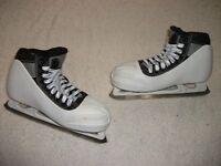 NHL QUALITY CCM 652 SUPER TACKS ICE HOCKEY GOALIE SKATES MEN SIZE 5.5D VERY NICE