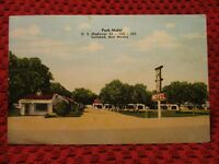 1952. PARK MOTEL. CARLSBAD, NEW MEXICO. POSTCARD I4