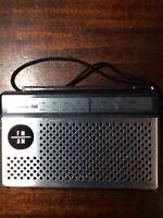 Vintage Panasonic Am/Fm Pocket Radio