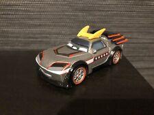 Disney Cars KABUTO TOKYO BOOST CARS TOONS *NEU* Mattel 1:55