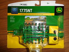NEW John Deere 1775NT Planter 16-Row Collector Card Included 1/64 (LP53304)