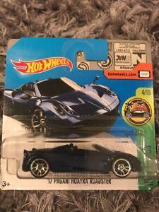 Hotwheels 17 Pagani Huayra Roadster Short Card