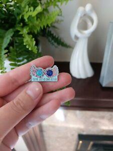 Luna Lovegood Pin Harry Potter Character Pin Badge NEW Luna Spectrespecs
