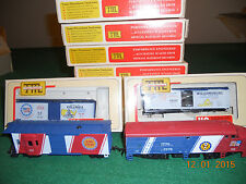 VERY LIGHTLY USED TRAIN MINIATURES BICENTENNIAL TRAIN SET WITH ENGINE AND CABOSE