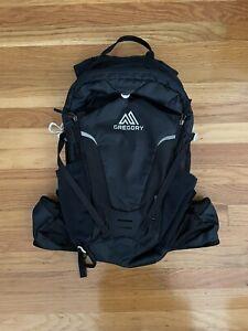 Gregory Miwok 18 Navy and Black Hiking Biking Backpack