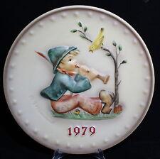 "HUMMEL JAHRESTELLER 1979 HUM 272 ""SINGING LESSON"" GOEBEL GERMAN ANNUAL PLATE"