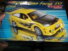 REVELL FORD FOCUS SVT 2n1 TUNER SERIES 1/25 Model Car Mountain KIT FS
