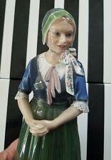 Dahl Jensen Royal Copenhagen porcelain figurine - Girl from Hedebo #1142.