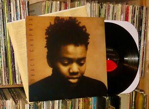 TRACY CHAPMAN s/t 1988 Elektra LP (lyrics sleeve/VG++/fast car)