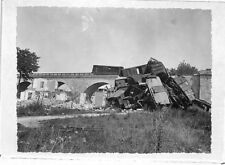 "GIEN PHOTO GF "" BOMBARDEMENTS / DESTRUCTION VIADUC AVEC TRAIN "" 1940"