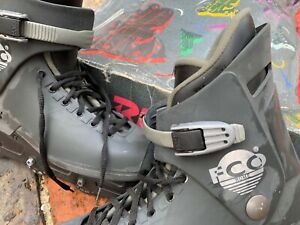 Roces Rome Rollerblades, Mens size 10. Hardly used.