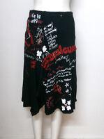 """Falda  """"DESIGUAL """" -Talla S en color negro con bordados y estampados"""