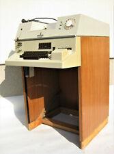 Very Rare ! Teletype Fernschreiber SIEMENS 100 S on the original wooden cabinet