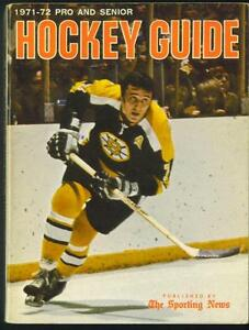 1971-72 Pro & Amateur Hockey Guide with Phil Esposito cover