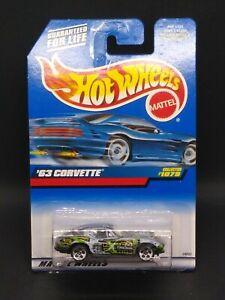 1999 Hot Wheels '63 Corvette Collector #1079 Silver & Green