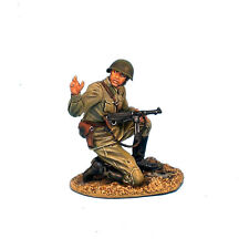 RUSSTAL003 Russian Infantry Kneeling with Trophy MP40 by First Legion
