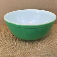 Pyrex 2 1/2 Qt Green Vintage Nesting Mixing Bowl