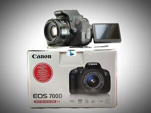 Canon Eos 700D + Obiettivo EF 50mm F1:1.8 II pochi scatti (Ottimo)